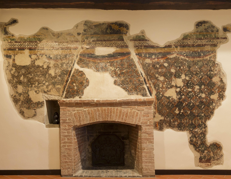 Gli affreschi del Castello