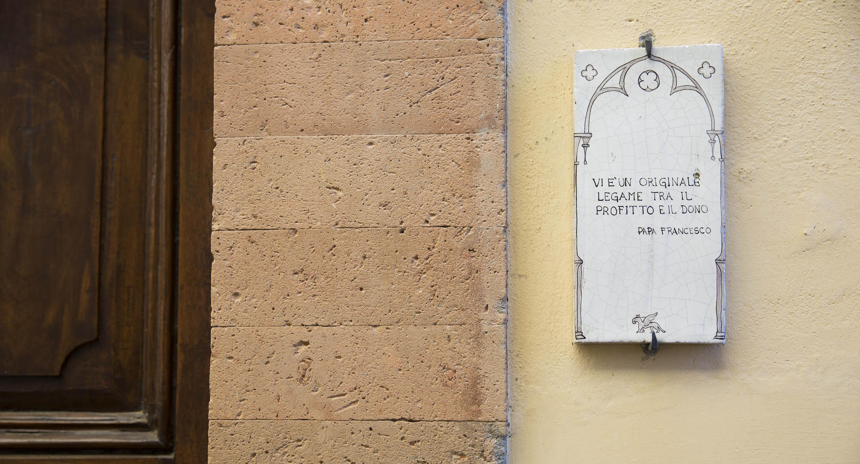 «Vi è un originale legame tra profitto e dono» (Papa Francesco)